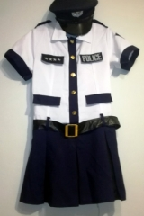 43d. Policjantka