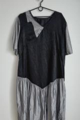 61. Sukienka czarno-srebna