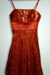120b. Czerwona Sukienka Disco