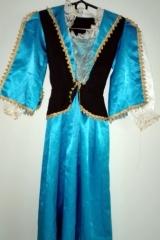 38. Suknia Dworska