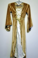 38a. Suknia Dworska